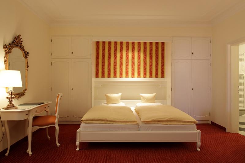 romantischer aufenthalt in tübingen | hotel krone, Wohnzimmer